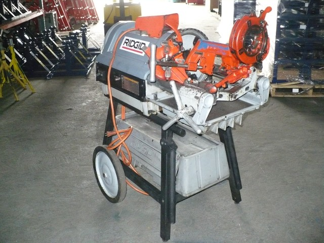 "RIDGID 1224 1/4""-4"" THREADING MACHINE W/CABINET & STAND"